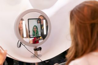 Virtual Hair Advisor, the new generation of hair consultation
