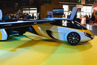AeroMobil Flying, for intra-urban and inter-city travek